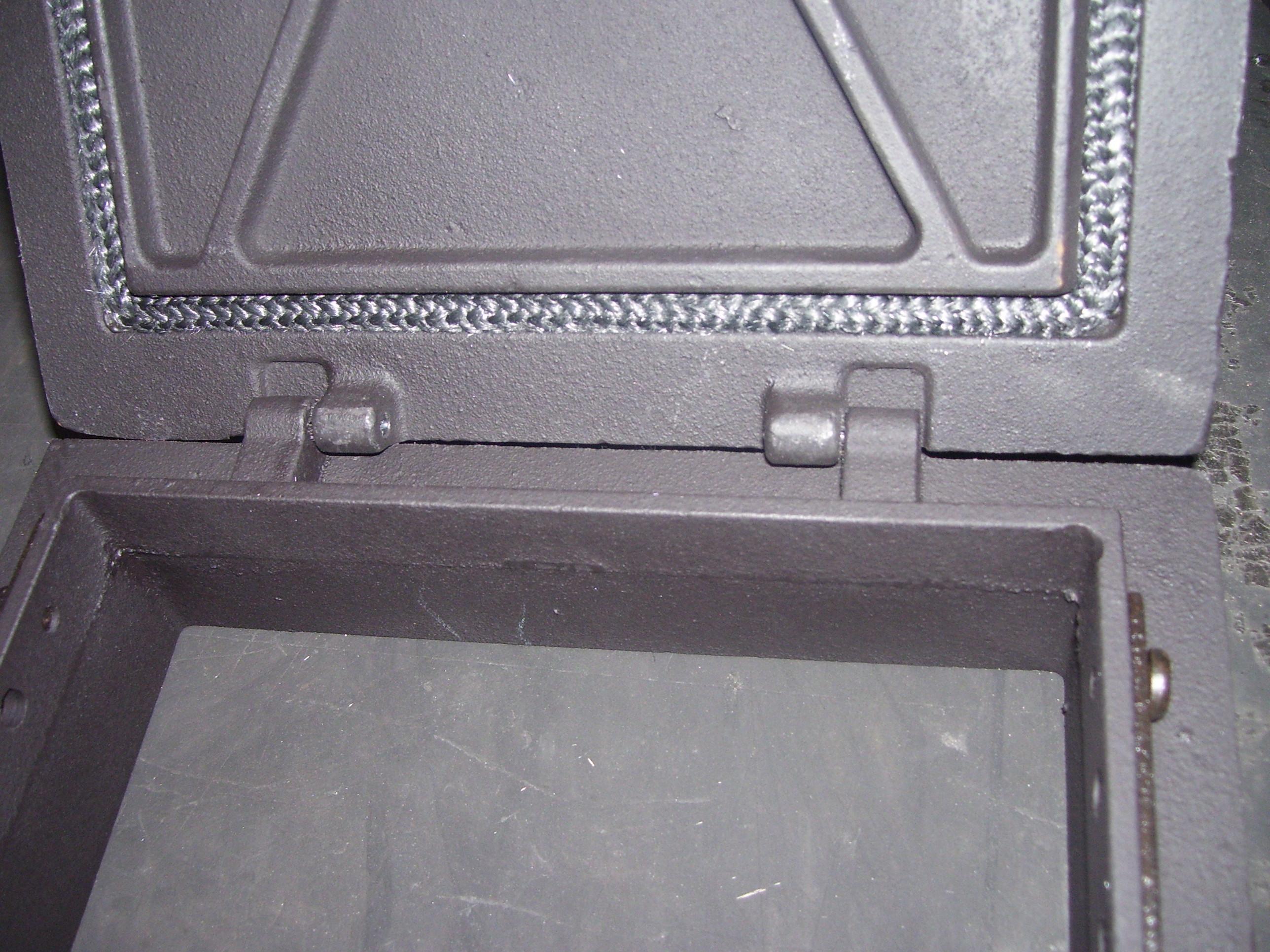 Топочная дверца с возможностью крепления рамки отдельно от крышки Завод ЛИТКОМ