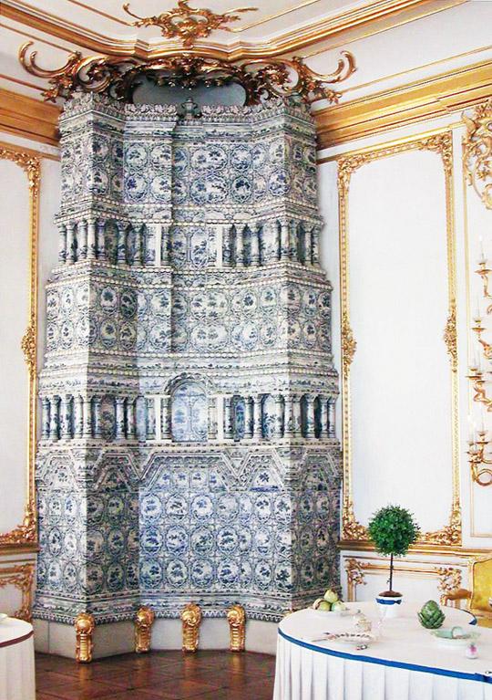 Печь голландка в Большом Екатерининском дворце