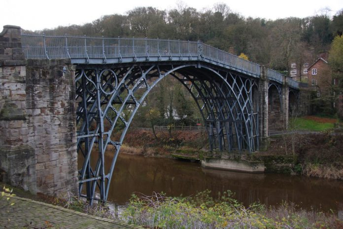 Первый чугунный мост – мировое историческое наследие