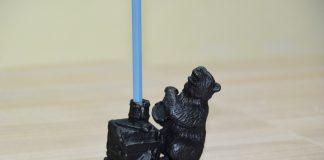 Карандашница «На пасеке» – медвежья слабость отлитая в чугуне